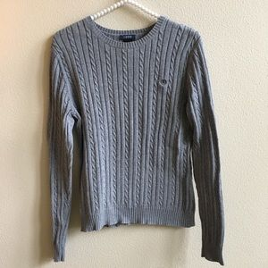 EUC Izod Cable Knit Grey Sweater Size - Medium